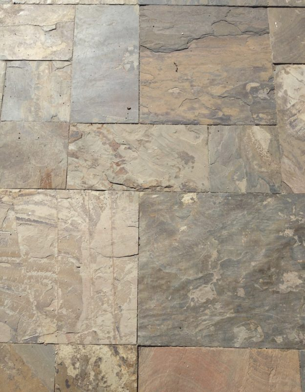 California Gold Paver Versaille Pattern