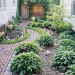 great small shade garden for tiny yard